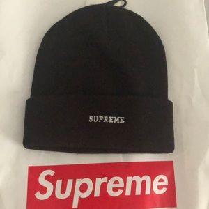 Supreme Accessories - Supreme x Nike beanie c9327f611aa1